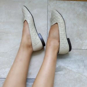 Vtg Enzo Angiolini Beige Cream Woven Leather Flats